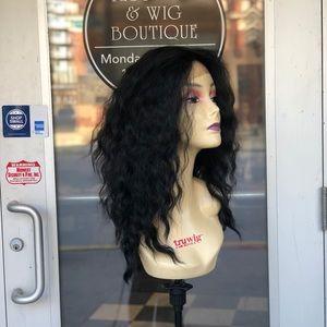 Accessories - Wig 13X6 freeparting swisslace wavy black wig 2018